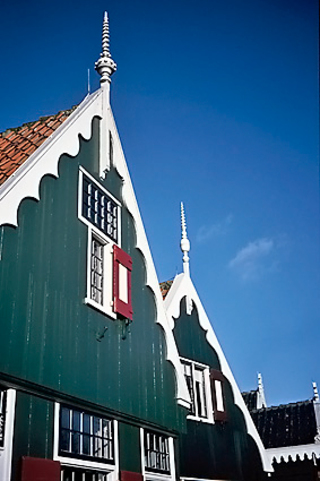 Traditional homes in   Marken village, 2003